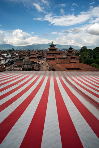 NEPAL - ROOF OF THE WORLD  / 2009